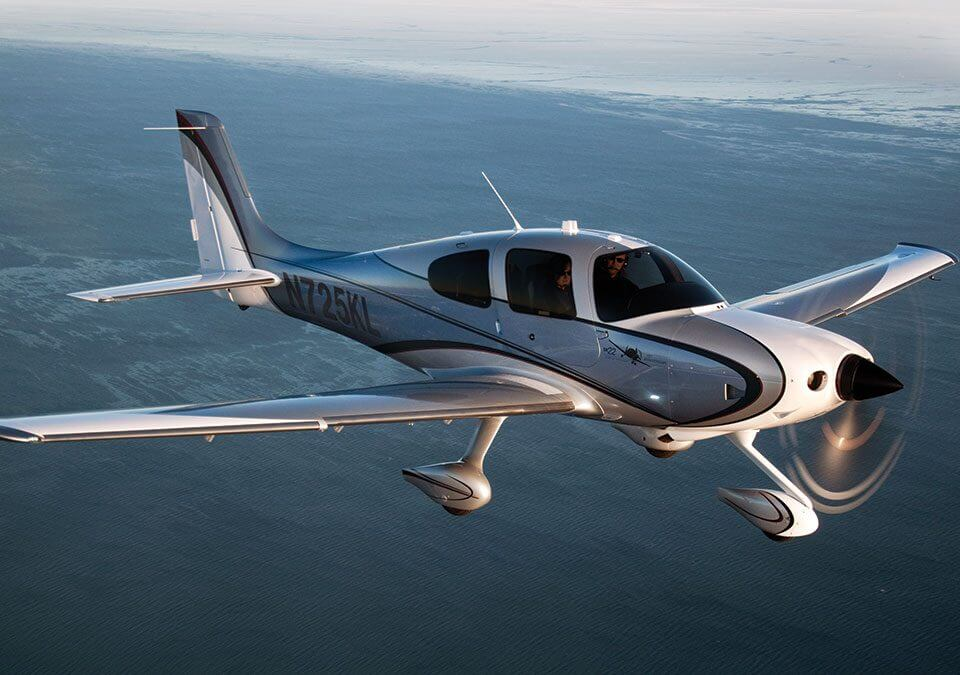 private charter flight of a cirrus mid-air